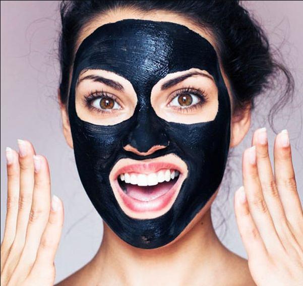 Using facial blackhead remover masks